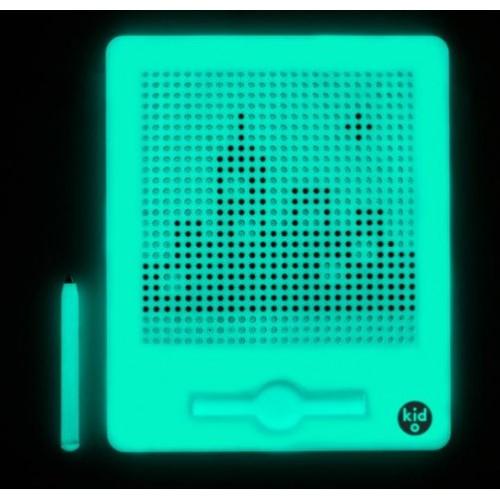 Magnetická tabulka velká -svítí ve tmě